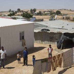 Les Bédouins palestiniens défient les bulldozers d'Israël