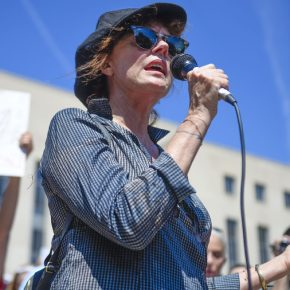 "Susan Sarandon tacle ""l'inconditionnel"" soutien de Clinton à Israël"