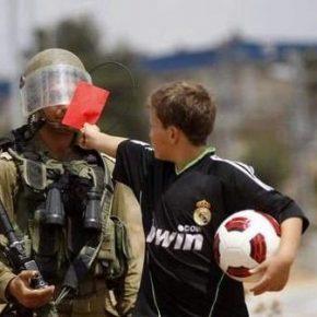 Pétition: Dites au président de la fifa de montrer le carton rouge à Israël!