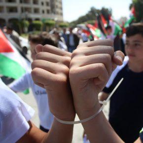 Israël punit les détenus en grève de la faim pour exiger leurs droits