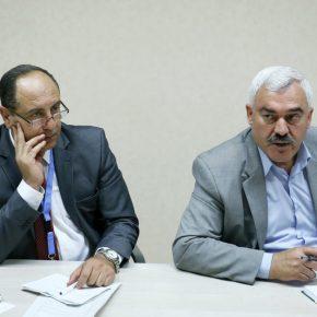 L'envoyé d'Israël à l'ONU diffame les groupes des droits de l'homme
