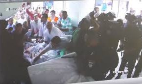 Vidéo : Les forces israéliennes sèment la terreur dans un hôpital de Jérusalem