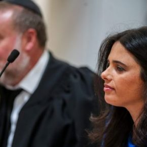 """Editorial d'Haaretz :"""" Israël agit comme une organisation criminelle qui fonctionne selon ses propres lois """""""