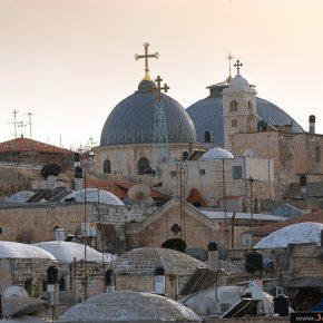 Des dirigeants chrétiens de Jérusalem implorent Trump: Ne changez pas le statut de notre antique cité