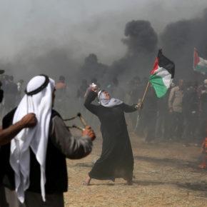 Dans les manifestations de Gaza, Israël vise des reporters et des infirmiers