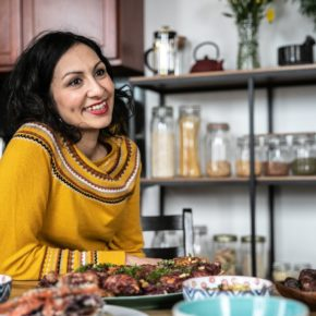 Une écrivaine décrit la cuisine palestinienne et le monde qui l'entoure