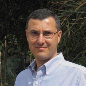 Amnesty International : Israël doit mettre fin à l'interdiction arbitraire de voyager du défenseur des droits humains Omar Barghouti