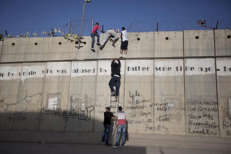 Je ne peux pas soutenir une idéologie qui se fonde sur un privilège juif et la persécution des Palestiniens dans - DISCRIMINATION - SEGREGATION - APARTHEID - RACISME - FASCISME AP_19109470363304-768x512