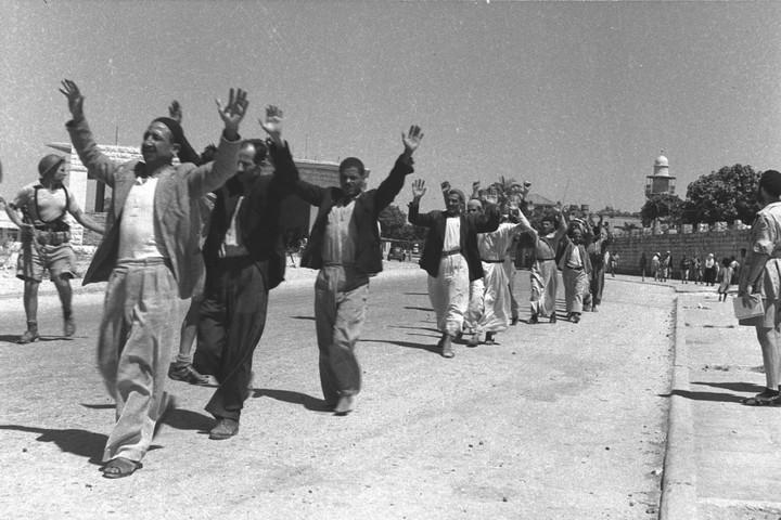 Comment j'ai appris à cesser de m'inquiéter et à reconnaître la Nakba dans - DISCRIMINATION - SEGREGATION - APARTHEID - RACISME - FASCISME Lydd